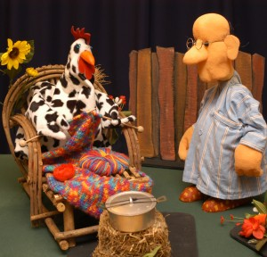 Opa mit Huhn