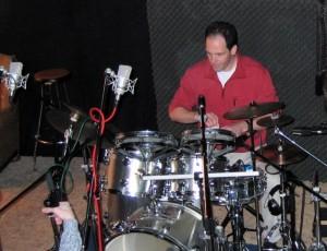 Manne am Schlagzeug